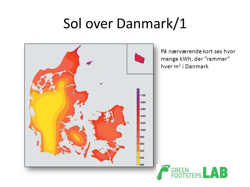 Sol over Danmark/1 På nærværende kort ses hvor mange kWh, der rammer hver m2 i Danmark