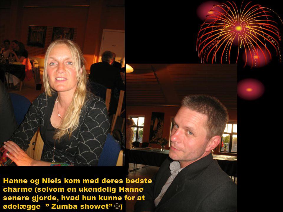 Hanne og Niels kom med deres bedste charme (selvom en ukendelig Hanne senere gjorde, hvad hun kunne for at ødelægge Zumba showet )