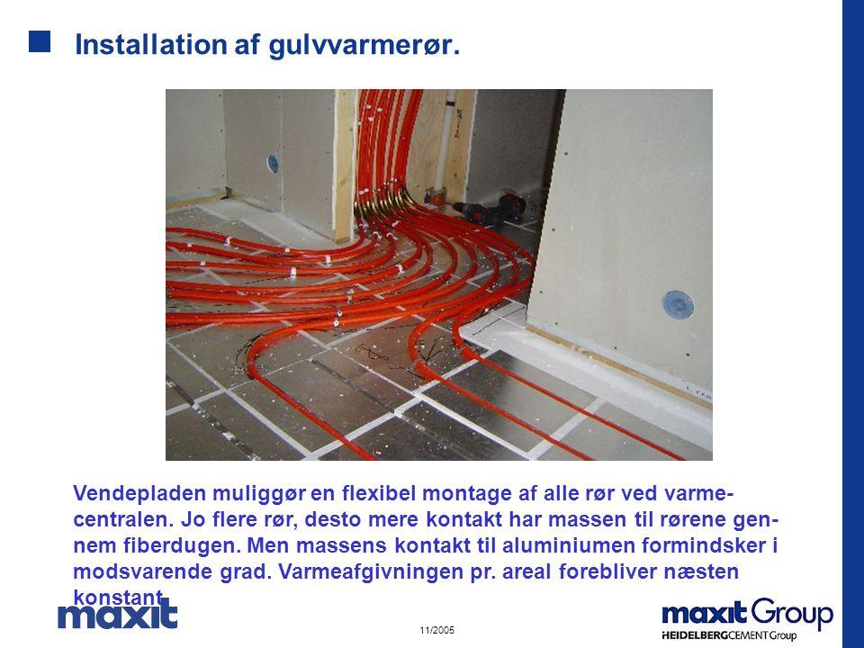 Installation af gulvvarmerør.