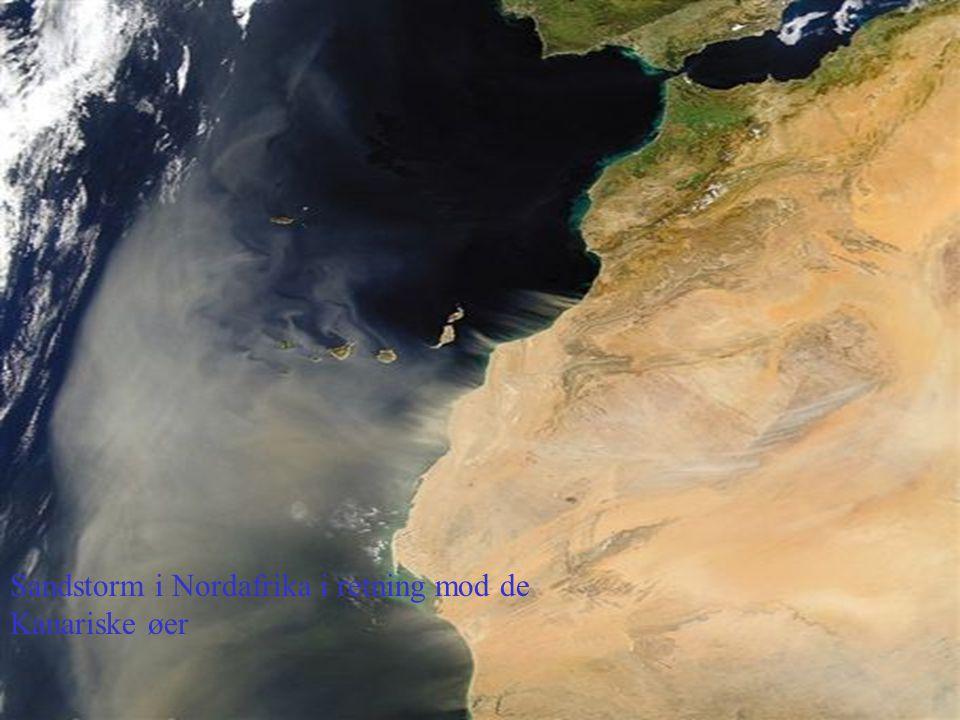 Sandstorm i Nordafrika i retning mod de Kanariske øer