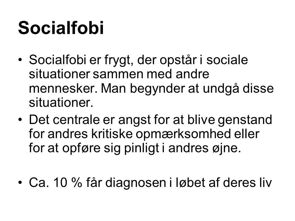 Socialfobi Socialfobi er frygt, der opstår i sociale situationer sammen med andre mennesker. Man begynder at undgå disse situationer.