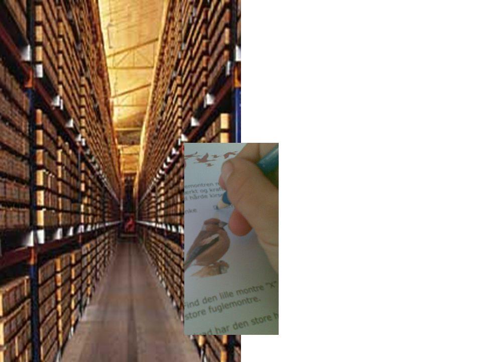 Opgavehæfter skaber en besøgspraksis hvor den primære aktivitet er at løse opgaver. Besøgende går rundt med papir og pen i hånden og leder efter svar til de spørgsmål, opgavehæfterne stiller, eller de sidder eller står ved computere og løser opgaver.
