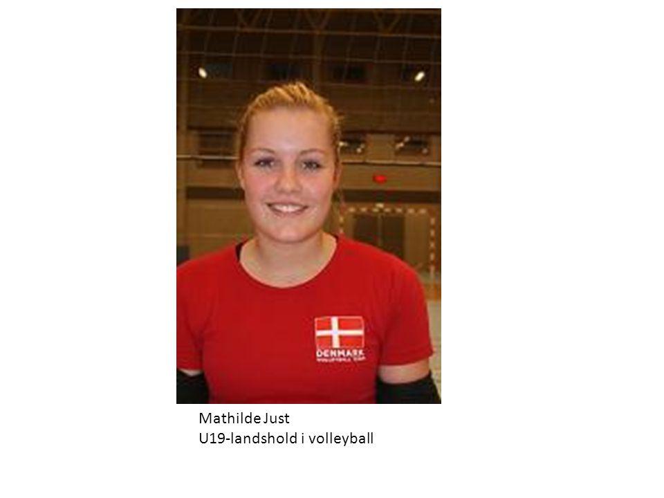 Mathilde Just U19-landshold i volleyball
