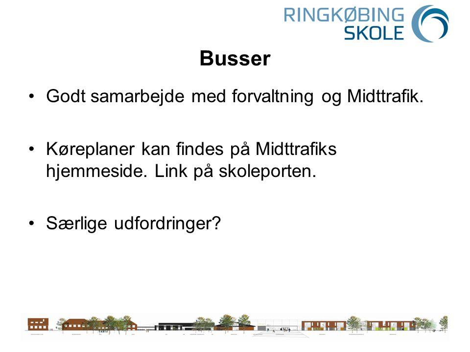 Busser Godt samarbejde med forvaltning og Midttrafik.