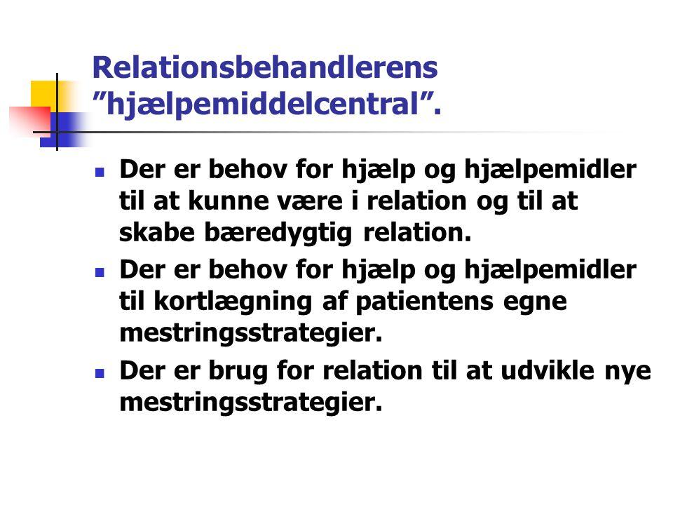 Relationsbehandlerens hjælpemiddelcentral .