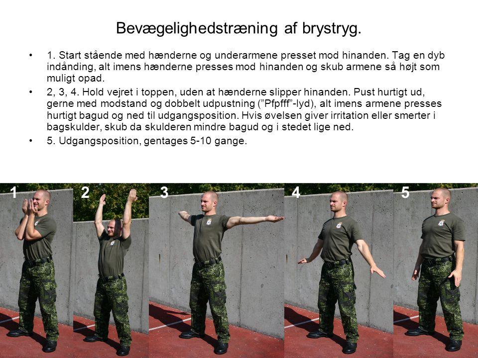Bevægelighedstræning af brystryg.
