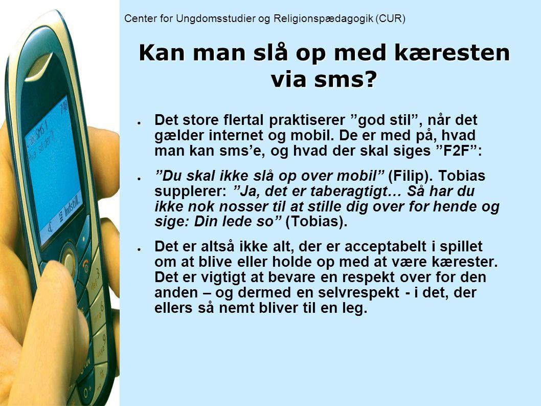 Kan man slå op med kæresten via sms