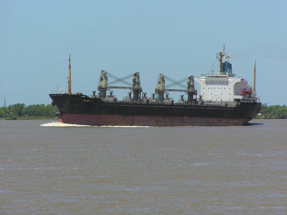 Mange af skibene kan sejle langt op ad floderne