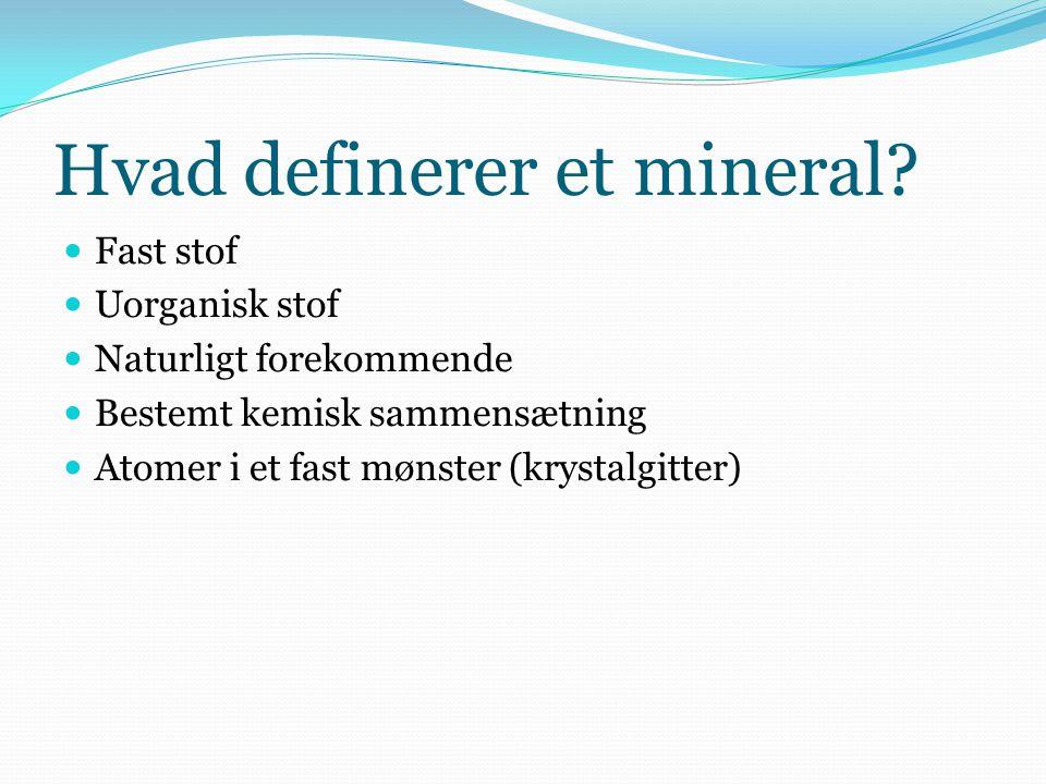 Hvad definerer et mineral