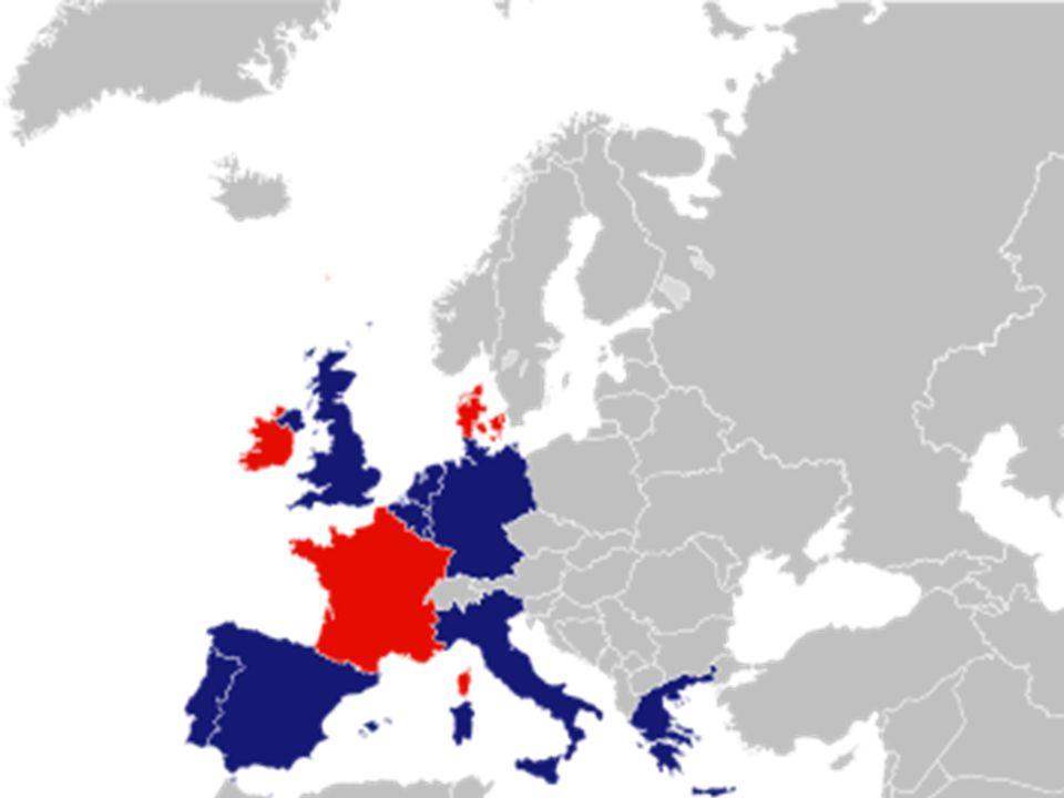 På kortet er de lande, hvori der var en afstemning omkring traktaten, markeret med Rød. Den første folkeafstemning fandt sted i Danmark, hvor svaret blev nej. 49,3 % af vælgerne stemte ja og 50,7% stemte nej. I Irland stemte 69,1% ja. Frankrig –som egentlig var initaivtageren til hele projektet – ville ikke have at trakaten gik i vasken, blot pga. et lille land som Danmark. Og derfor besluttede den daværende franske præsident at udskrive valg i Frankrig for at vise at franskmændene gik ind for EU. Men, faktisk var der kun et meget lille flertal, 51,05 %. Så, det var ikke kun danskerne som var en smule skeptiske omkring EU.