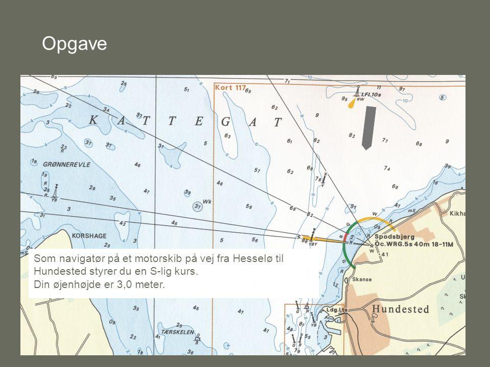 Opgave Som navigatør på et motorskib på vej fra Hesselø til Hundested styrer du en S-lig kurs.