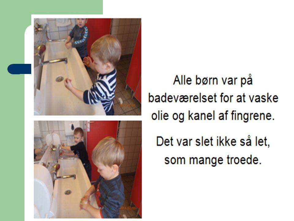 Disse fotos er laminerede og hænger over håndvasken i børnehaven til at minde om håndvask med vand – sæbe – vand.
