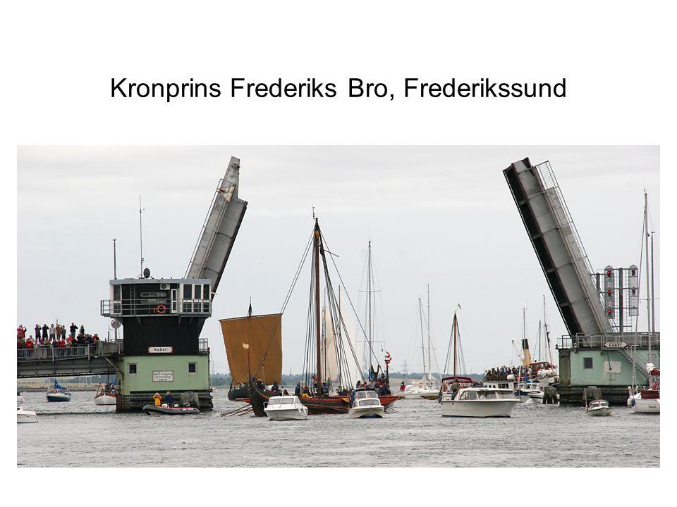 Kronprins Frederiks Bro, Frederikssund