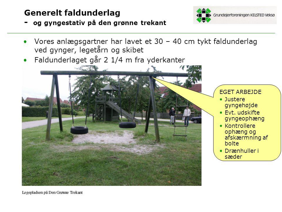 Generelt faldunderlag - og gyngestativ på den grønne trekant