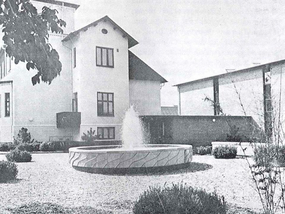 Keramikfontæne skænket af Statens Kunstfond, Chr. Poulsen 1968