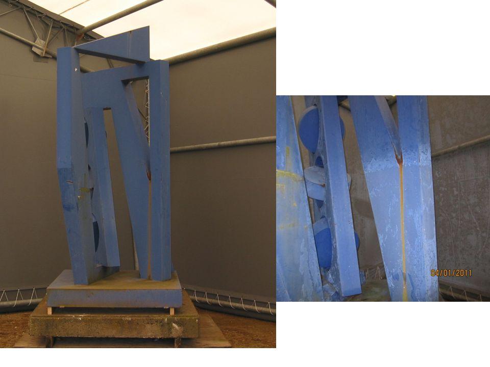 Blå skulptur, Harvey Martin 1983