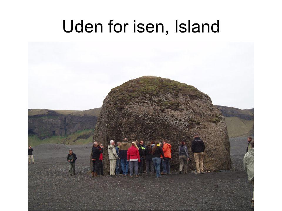 Uden for isen, Island